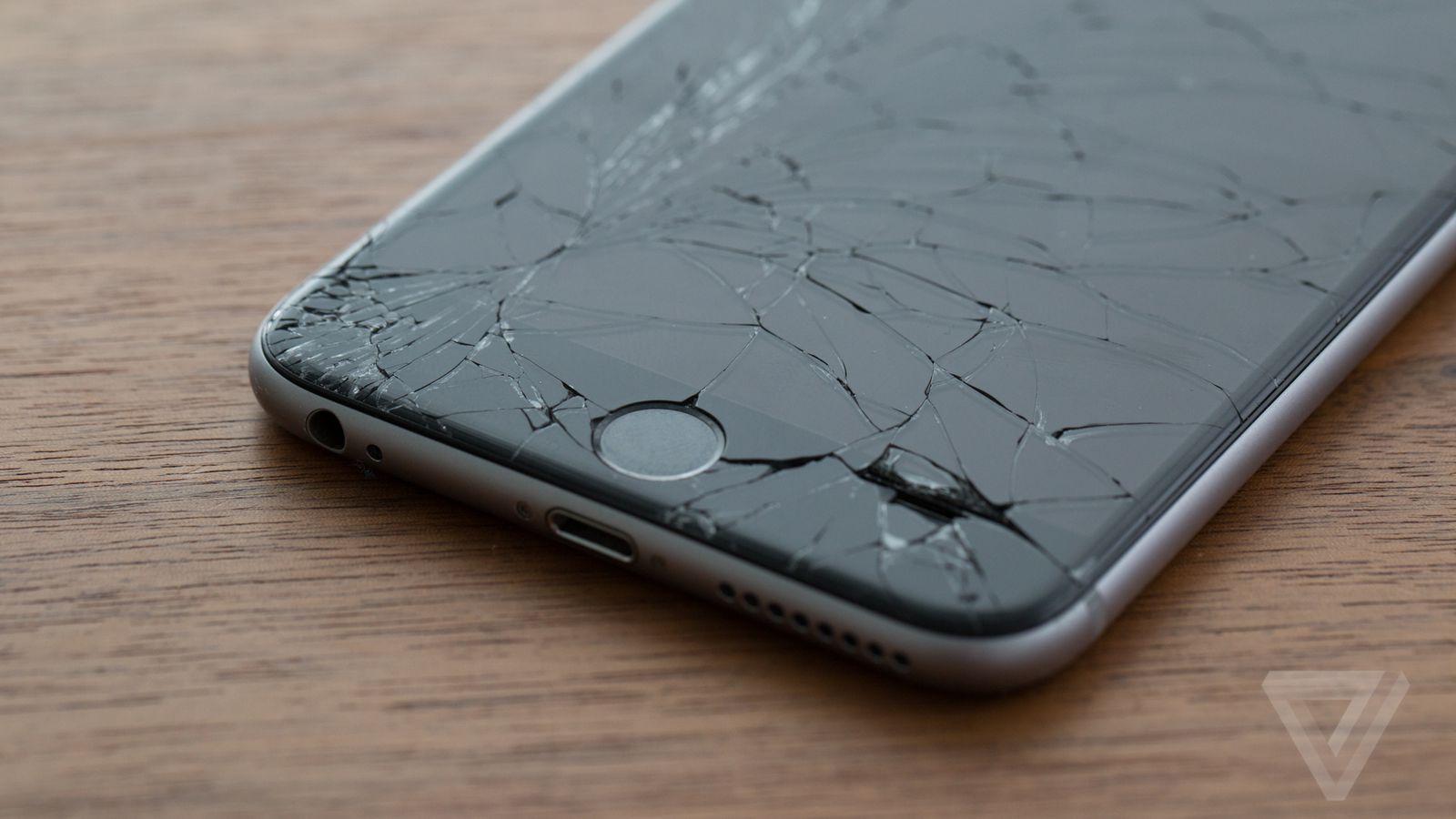 Apple a tranquillement rendu moins cher le remplacement d'un écran d'iPhone fissuré