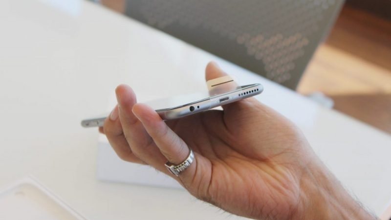 Le mode mains libres stock iPhone et les haut-parleurs bruyants ne fonctionnent pas