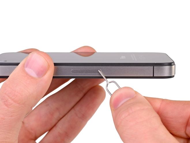 10 choses que nous pouvons faire pour sauver un iPhone endommagé par l'eau comme un pro – Iphonix.fr