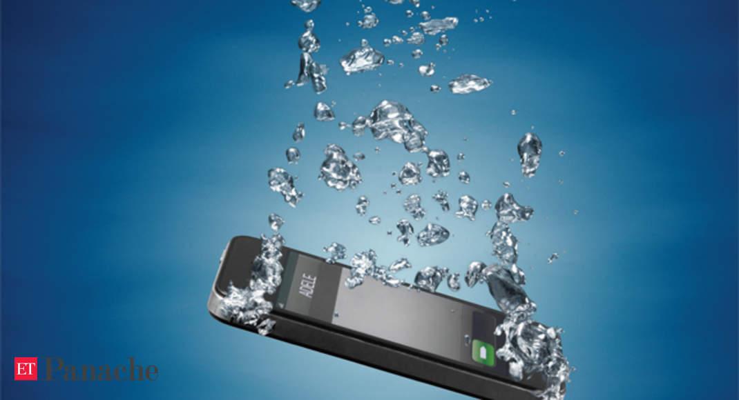 Comment enregistrer votre téléphone si vous l'avez laissé tomber dans l'eau
